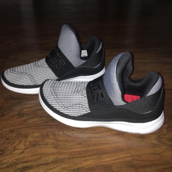 finest selection 9690a 9fe03 adidas Shoes - Adidas Cloudfoam Plus Zen. 7 in men. 8 1 2